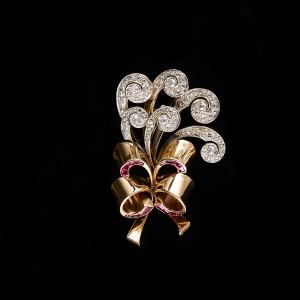 Hemke-Kuilboer broche robijn diamant retro veren