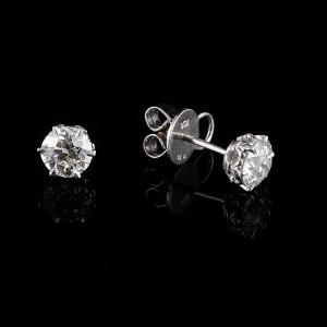 Solitair diamant oorstekers