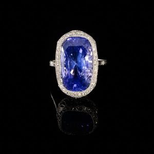 color change saffier ring